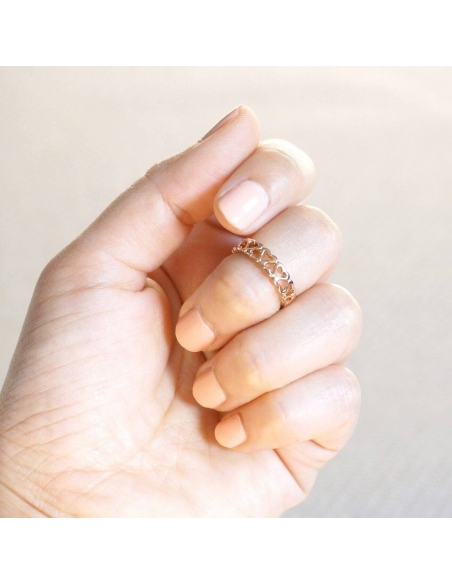 Rose Gold Cut Out Hearts Ring