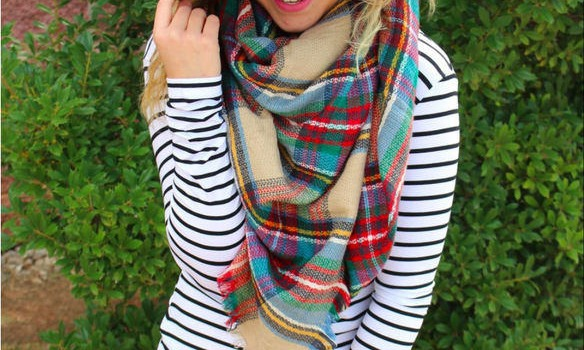 7 Ways To Wear And Style A Plaid Scarf